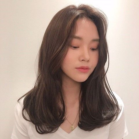 The Prettiest Shoulder Length Hairstyles To Try Out In 2020 Girlstyle Singapore
