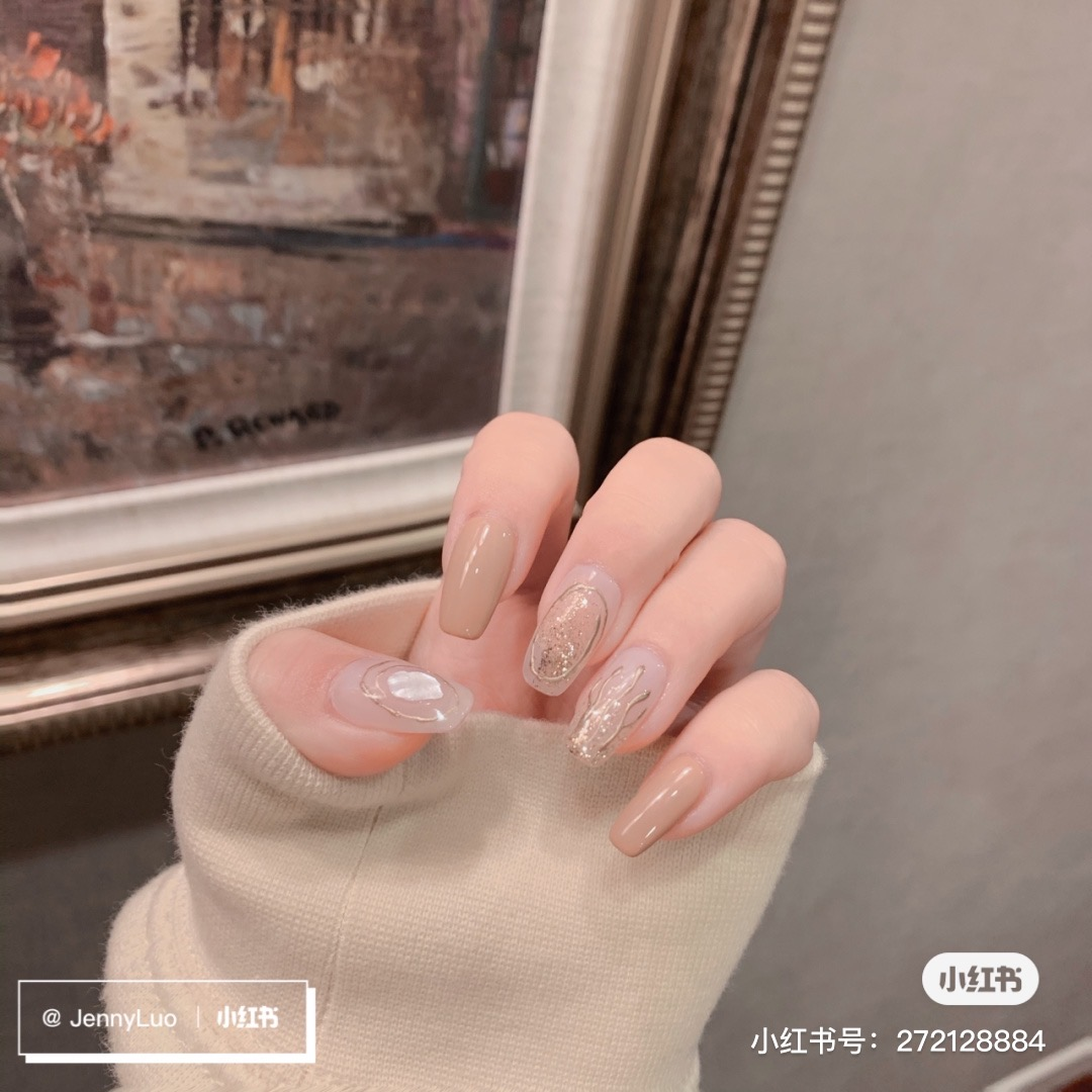 Brown and transparent nails
