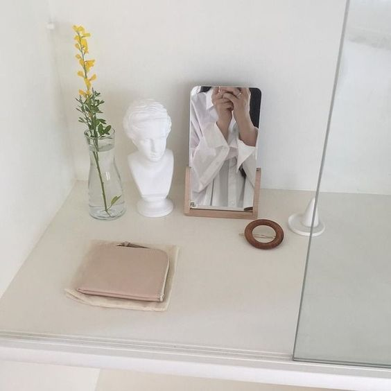 Korean-style vanity table with small rectangle mirror