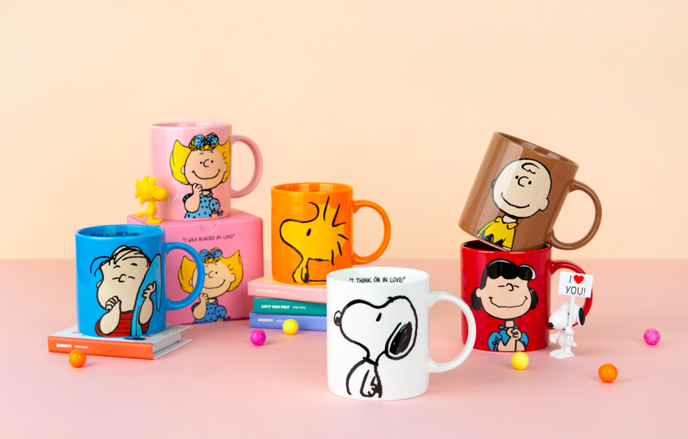 10x10 Snoopy and friends mugs