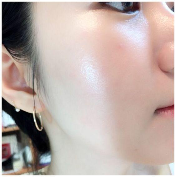 Clear glass skin