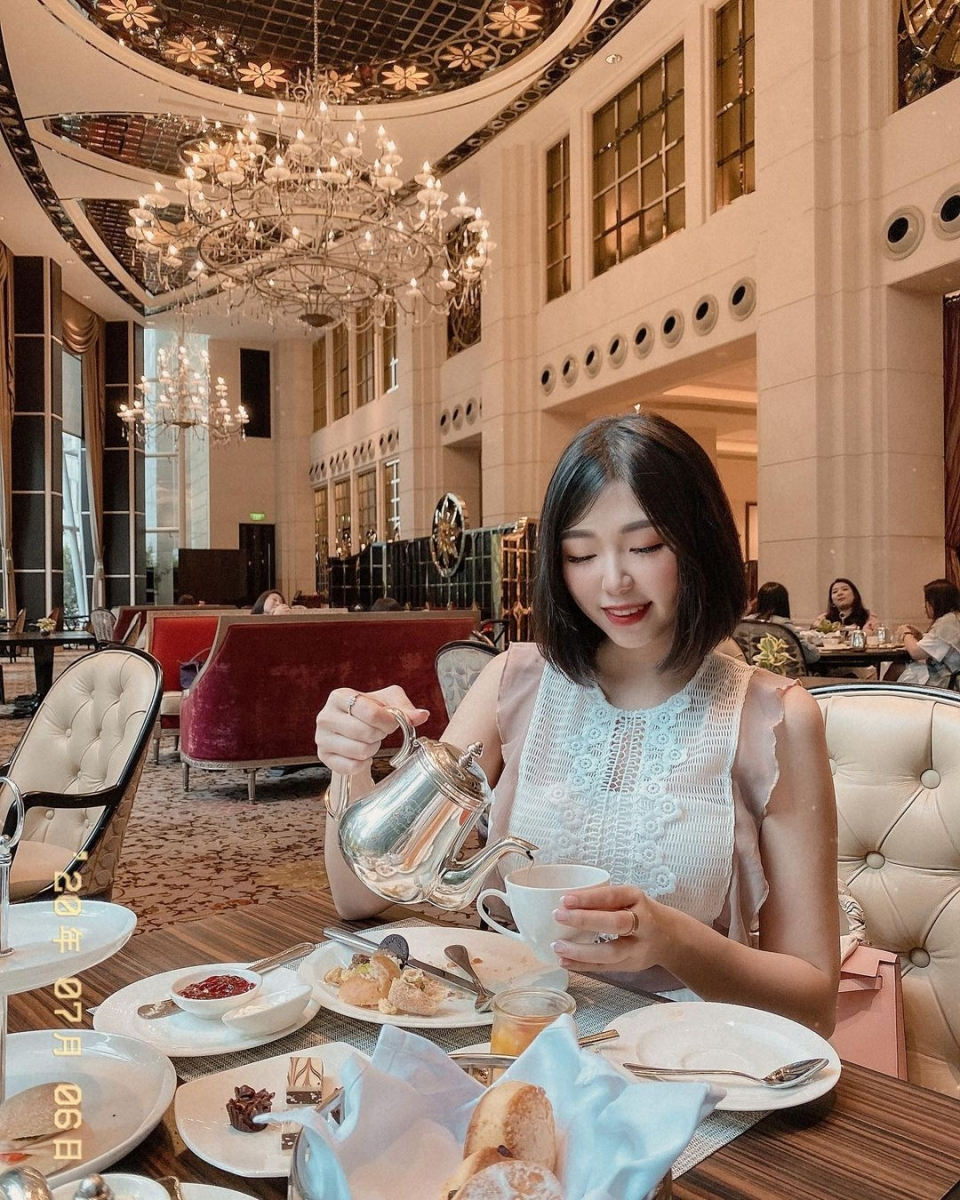 afternoon tea at The St. Regis Singapore