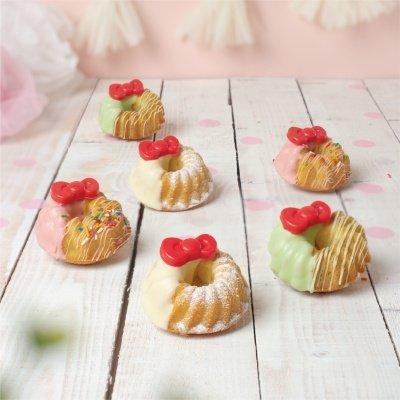 Polar Puffs & Cakes x Hello Kitty_Hello muffnut